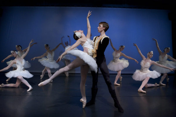 Swan Lake Pas De Deux, Maggie Rupp and Peter Deffebach, Photo by Blaine Truitt Covert